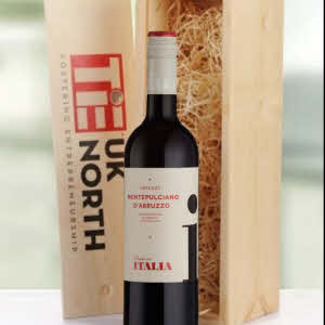 Personalised wine gift, red or white wine